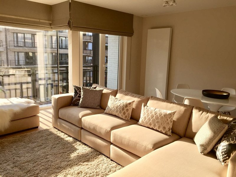 Luxueus en trendy appartement op de Lippenslaan, location de vacances à Zeebrugge