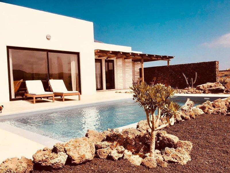 New Villa Lajares - Casa Belza - Piscine Privée, holiday rental in Lajares