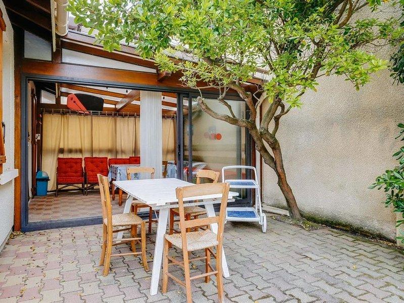 A 400 m de la plage, appartement 5 pers. avec jardin privatif, location de vacances à Biscarrosse