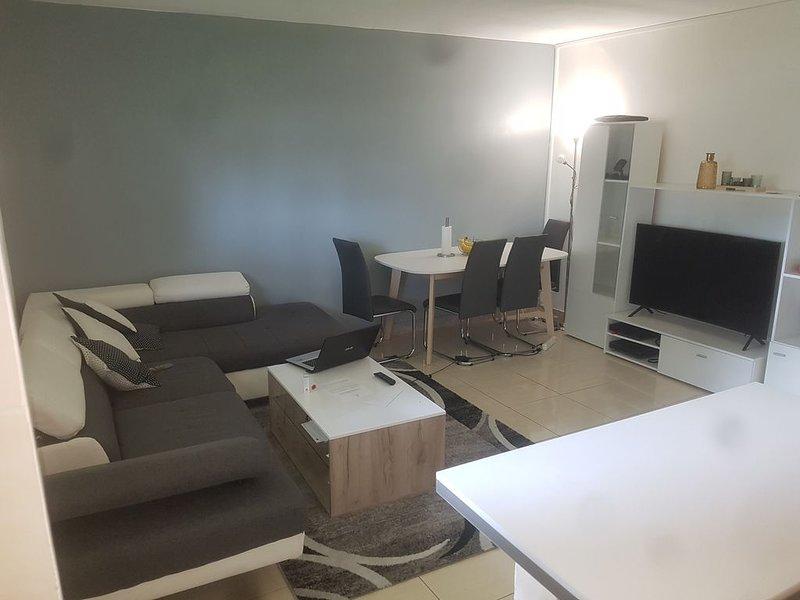 Chambre privée à louer calme à côté de l'aéroport de Paris Orly, location de vacances à Draveil