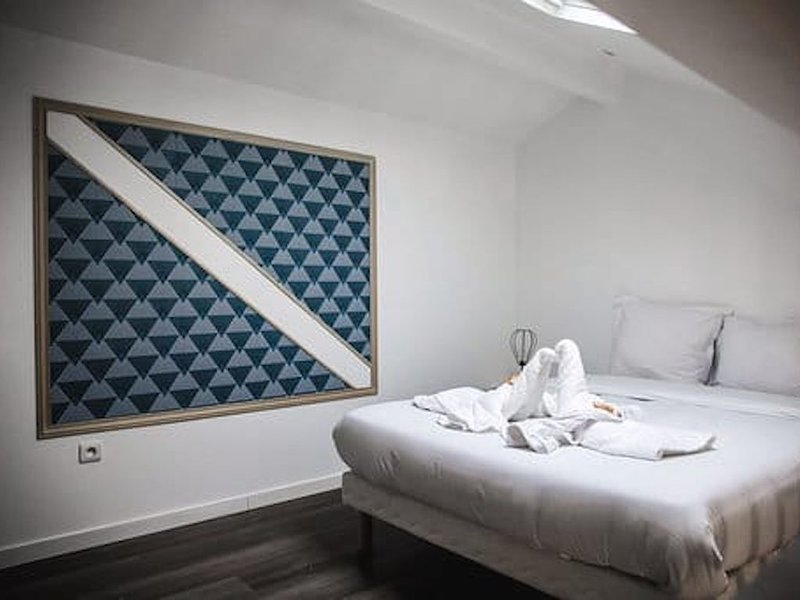 Duplex Grand Luxe à 5 min de Paris -Parc des Exposition- vacance/déplacement Pro, aluguéis de temporada em Malakoff