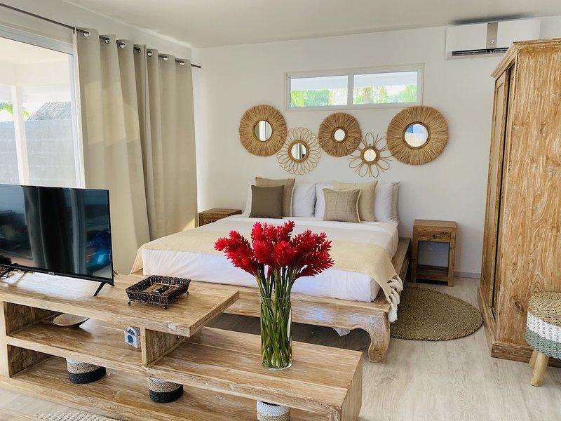 Your Home at the best beach of Bora Bora, alquiler de vacaciones en Bora Bora