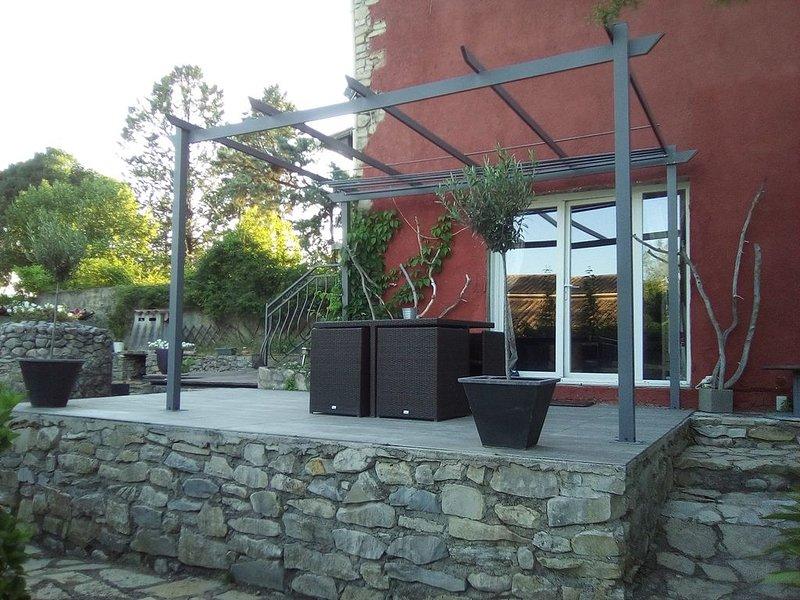 maison de campagne en pierre à 40 km au nord de  Montpellier, location de vacances à La Cadière-et-Cambo