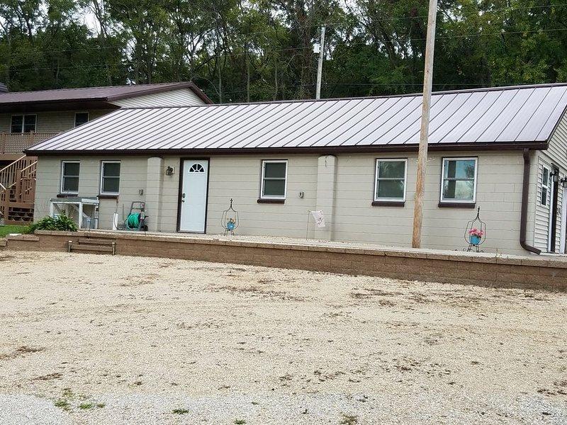 Pool Nine Bunkhouse., alquiler vacacional en Ferryville