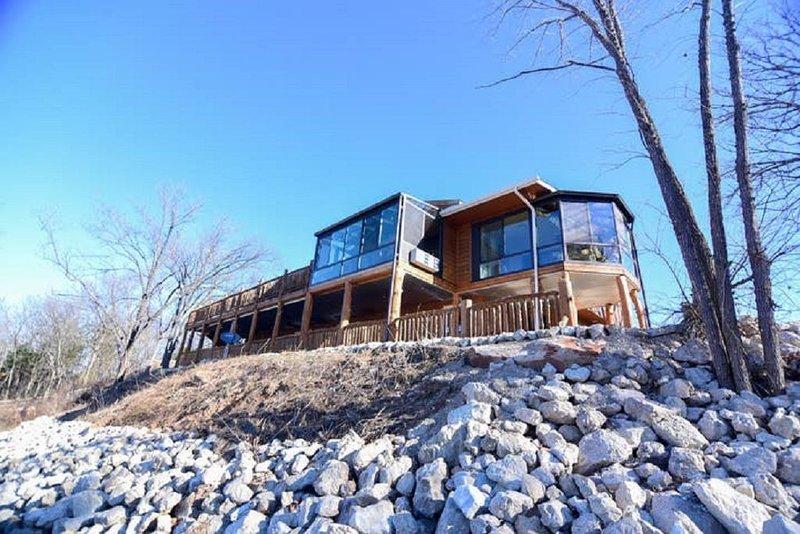Riverland Sanctuary Near Fort Leonard Wood !!, holiday rental in Pulaski County