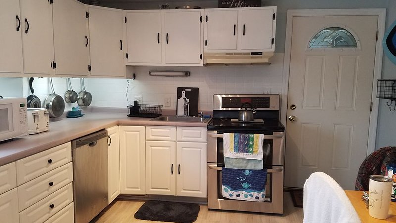 North Beach, Quiet, Clean, Condo, Walk to Hampton Beach, vacation rental in Rye Beach