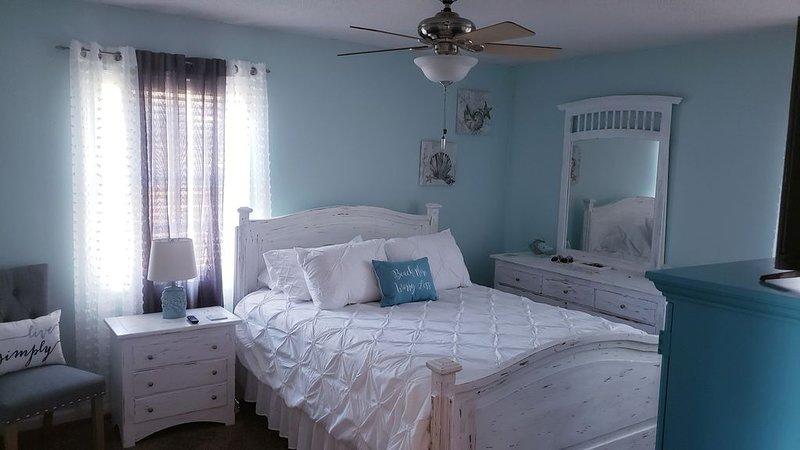 *New* 3 bedroom/2bathroom  Home Away From Home, near Fort Stewart, alquiler de vacaciones en Midway