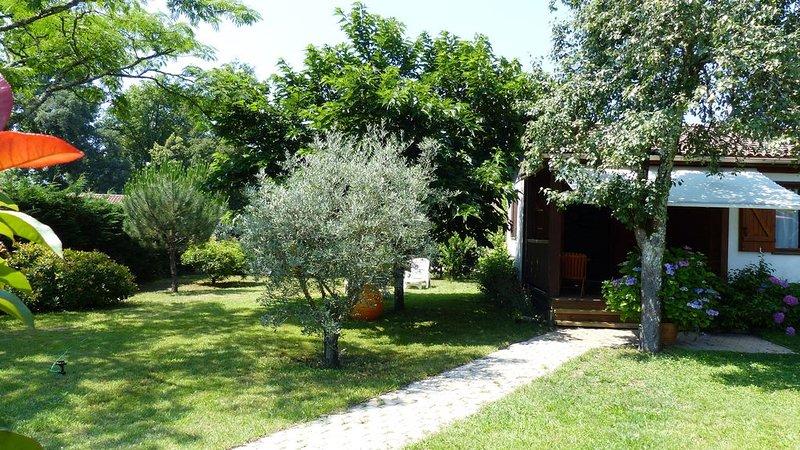 Maison avec jardin privé à 6 kms des plages landaise, location de vacances à Azur