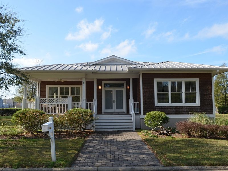 Bay Creek Meets Historic Cape Charles!, vacation rental in Birdsnest