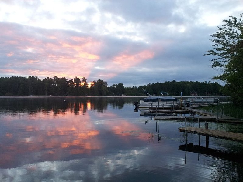 Waterfront Cabin on Rhinelander Flowage, holiday rental in Harshaw