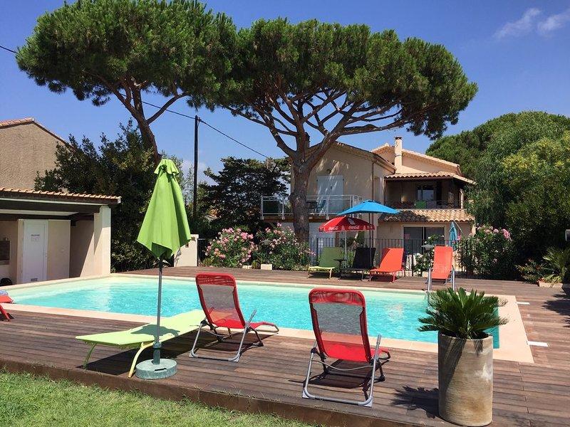 Bas de Villa T3 55 m², neuf, piscine et mer à pied, espace extérieur privatif, location de vacances à Six-Fours-les-Plages