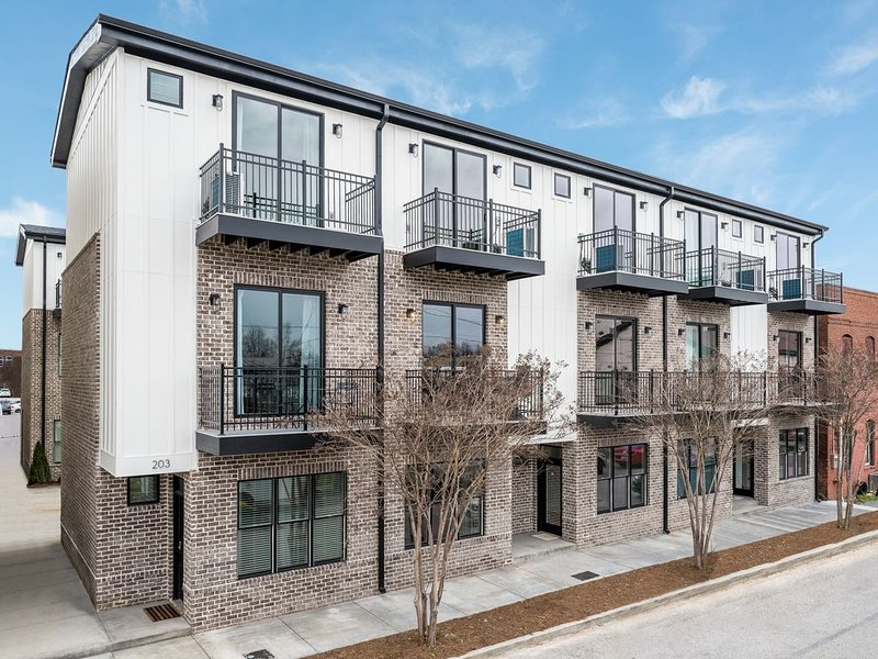 New Condo in the Heart of Southside!, aluguéis de temporada em Chattanooga