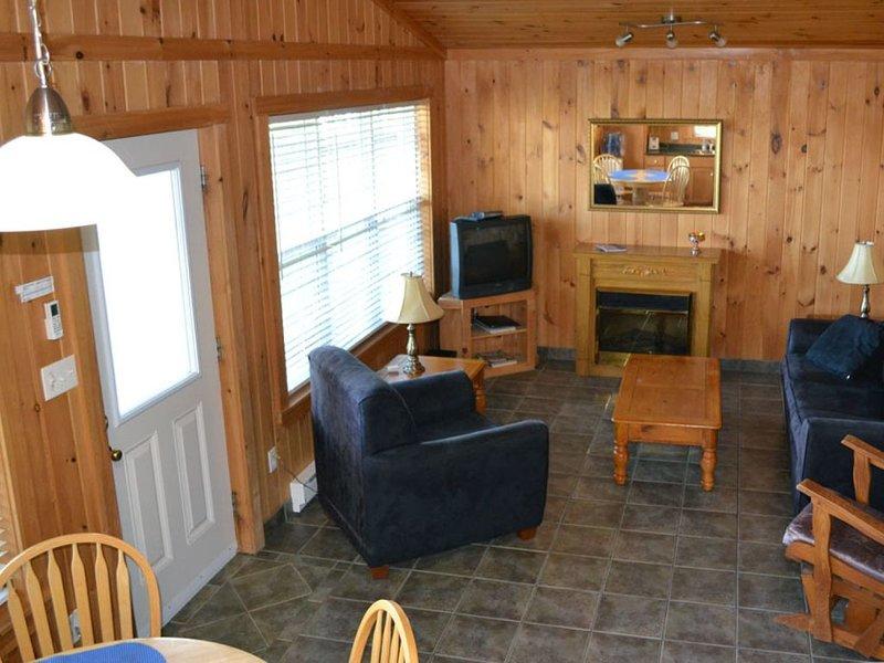 Pomquet Beach Cottages - Three-mile sandy beach!, alquiler de vacaciones en Antigonish