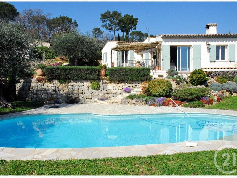 Villa 'Le Mas Caché', casa vacanza a Roquefort les Pins