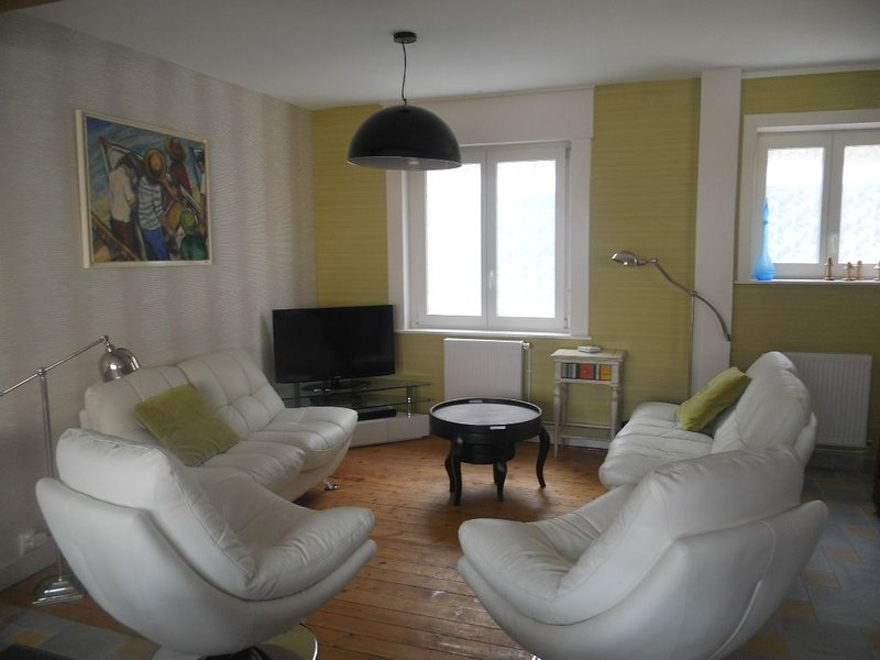 MAISON 3 CHAMBRES DANS CENTRE WIMEREUX / 7 COUCHAGES / PROXIMITE PLAGE, holiday rental in Wimereux