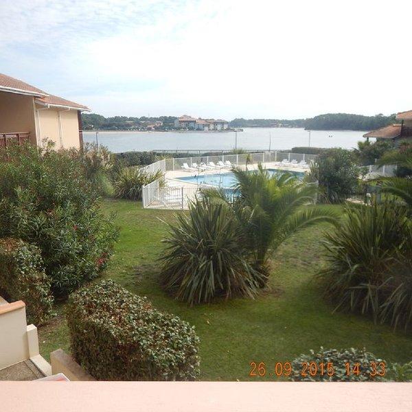 Cosy T2 pour 4 à 6 personnes, avec piscine face au lac Marin, location de vacances à Vieux-Boucau-les-Bains