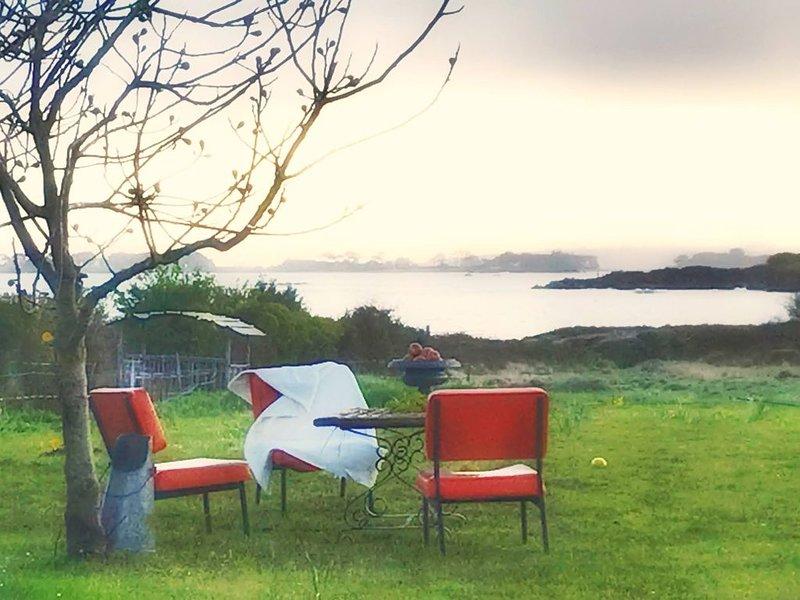 Le petit gîte cosy de Kerigou avec vue mer et plage, holiday rental in Saint-Pol-de-Leon