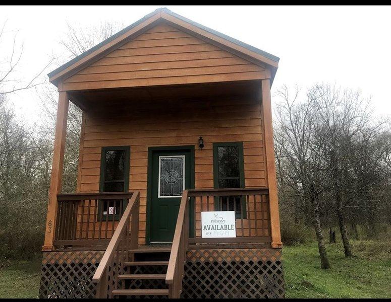 Relax and Enjoy Tiny Home - 63 Park, location de vacances à New Caney