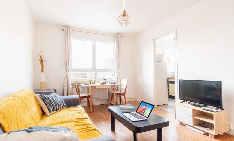 Appartement COSY à 200m de la Plage, vacation rental in Le Havre