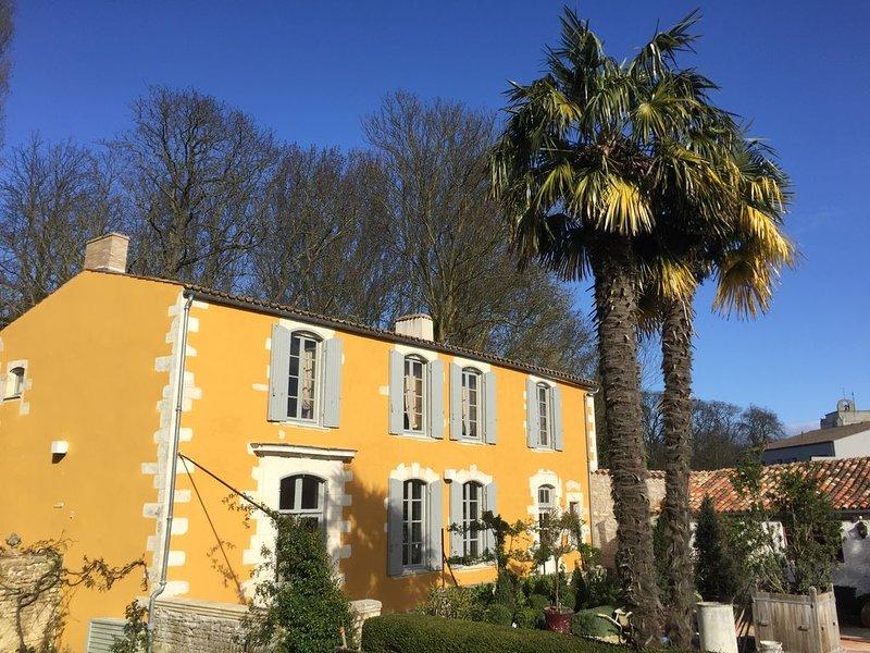 Chambres d'hôtes La Rochelle-Nieul La Borderie du Gô ❤️❤️, holiday rental in l'Houmeau