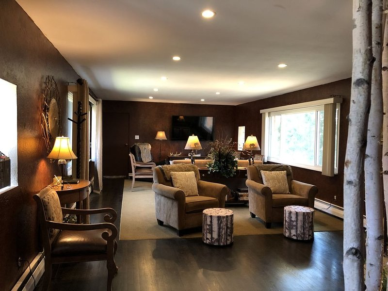Beautiful family lodge with all the comforts of home, holiday rental in Butler County