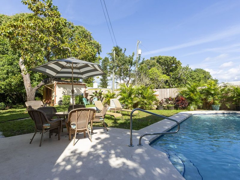 Casita Flora Near The Ocean With Pool/Jacuzzi, holiday rental in Coconut Creek
