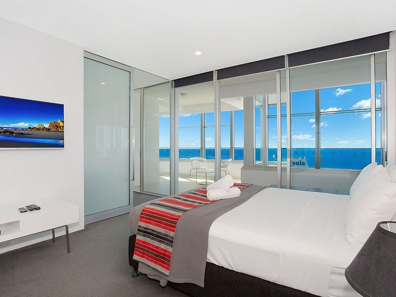Tallest Tower 4 Bedroom SkyHome 4703, location de vacances à Surfers Paradise