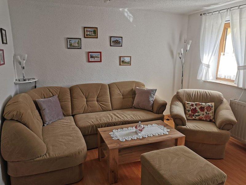 Gemütlich eingerichtete Ferienwohnung im schönen Elbtal, location de vacances à Coswig
