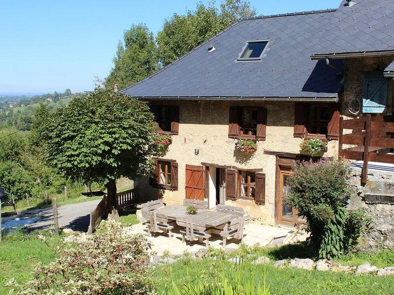 Chambres d'hôtes Les Pipistrelles , Lac d'Aiguebelette. Savoie, location de vacances à Lepin-le-Lac