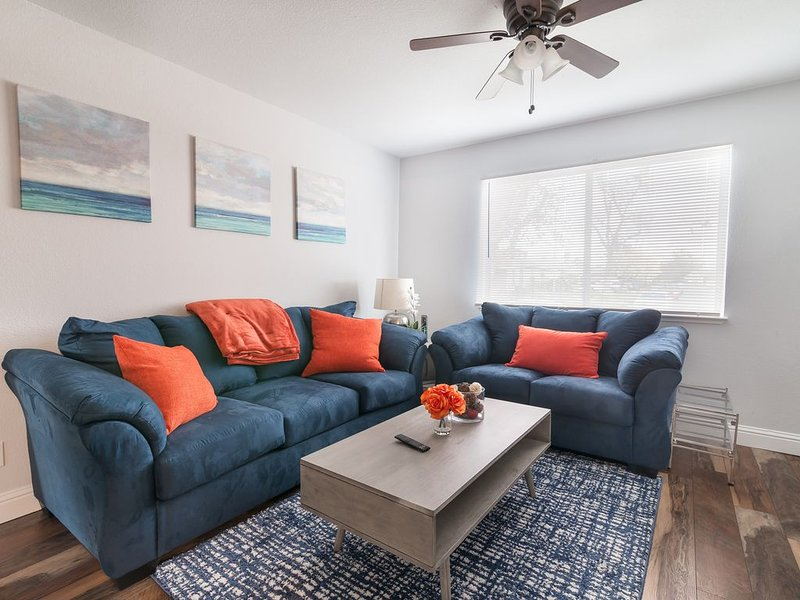 Cozy home with pool �♀️, holiday rental in Walnut Grove