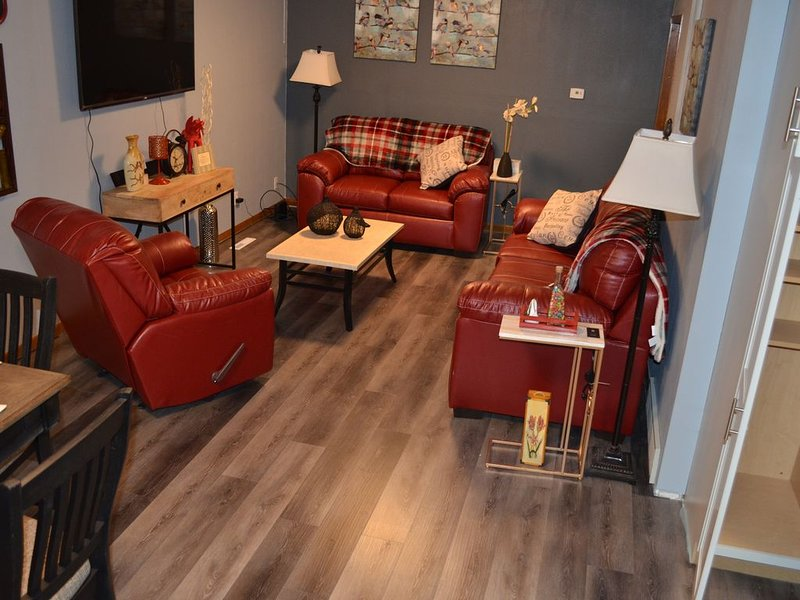The Farmhouse...only in town!, holiday rental in Sergeant Bluff
