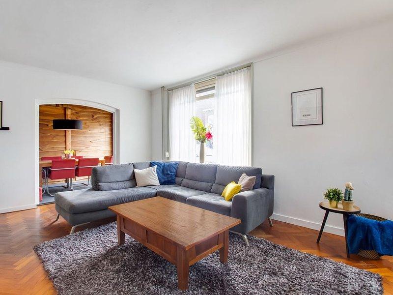 Simplistic Holiday Home in Kaatsheuvel near Efteling, holiday rental in Oosterhout