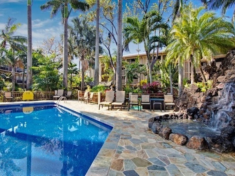 Gorgeous Remodeled Studio with AC, 4 min Walk to Beach, Ferienwohnung in Koloa