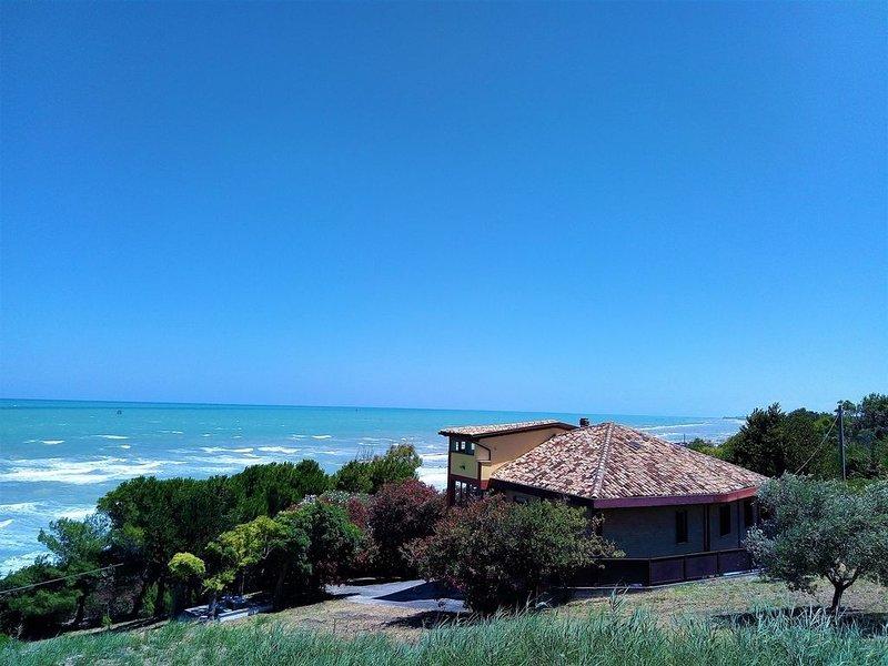 Appartamento in villa fronte mare- Appartamento Giallo, alquiler vacacional en Fossacesia Marina