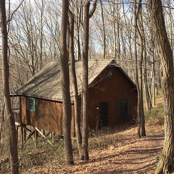 Couples Wooded Getaway, Ferienwohnung in Chillicothe
