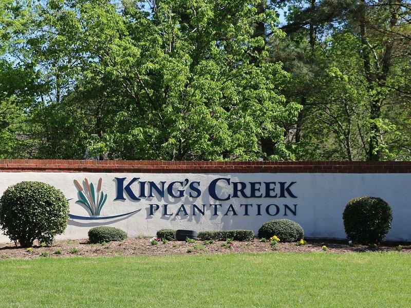 Spacious 4 bedroom Estate at Kings Creek, alquiler de vacaciones en Williamsburg