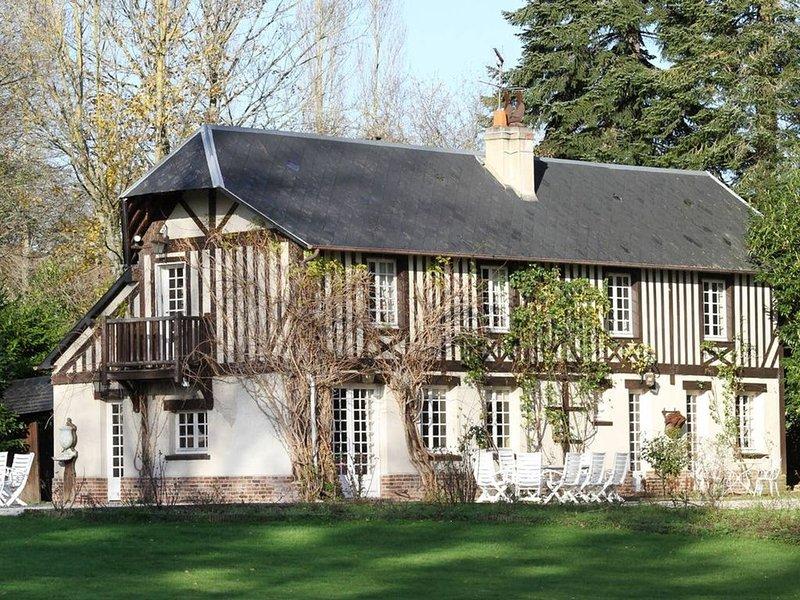 Charmante demeure Normande avec piscine, location de vacances à Saint-Gatien-des-Bois