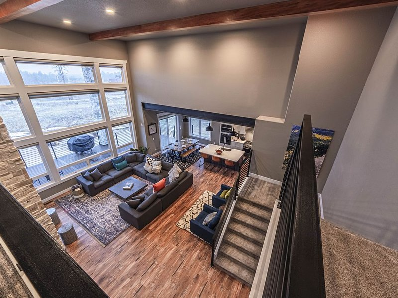 New Listing - Epic Views on five mountain acres, vacation rental in Black Forest