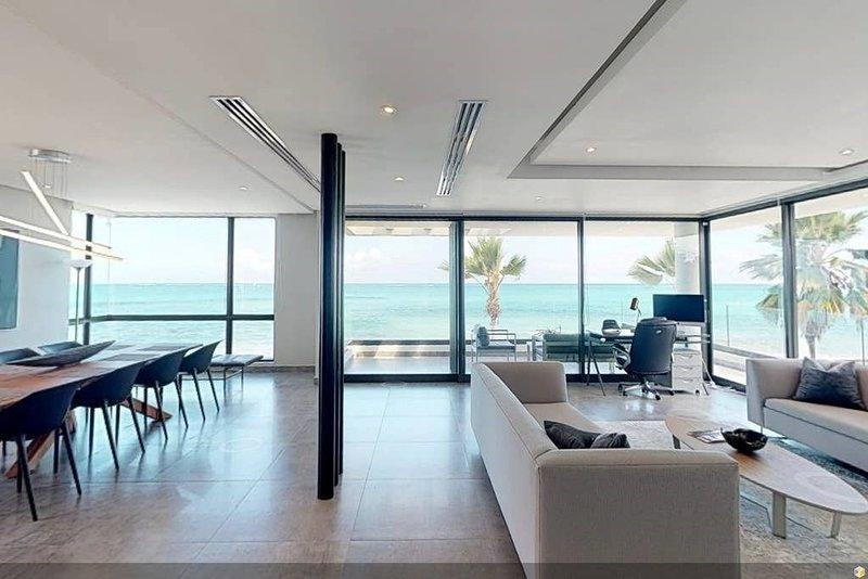 Casa Moderna 2 - Ocean Front Luxury Second Floor Residence, vacation rental in San Juan