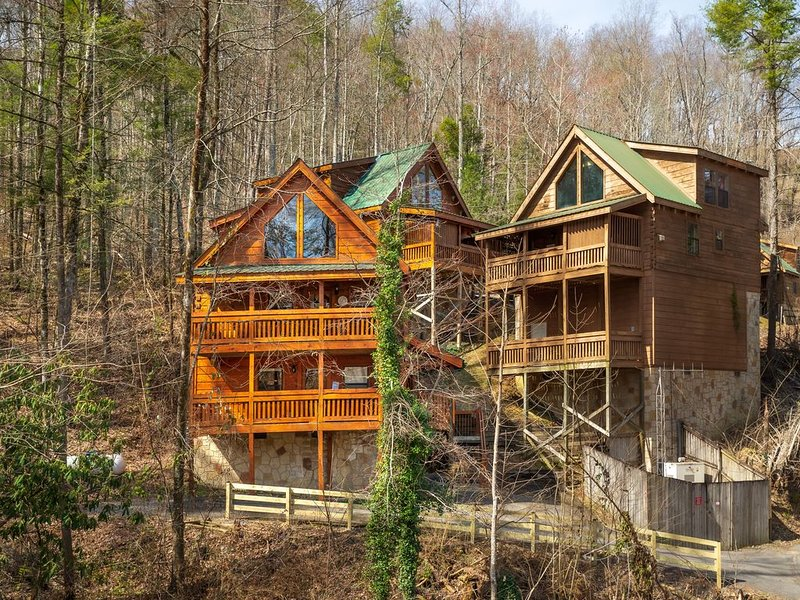 BE THE FIRST to rent this new RENTAL cabin at a SUPER LOW Price!, holiday rental in Great Smoky Mountains National Park