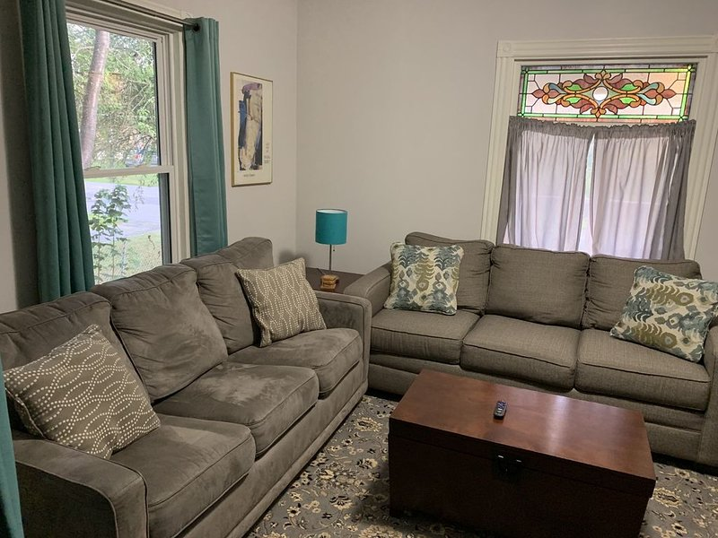 7 Minutes to the Old Port!  Steps to the Back Cove / Ocean!  Entire Home, holiday rental in Westbrook
