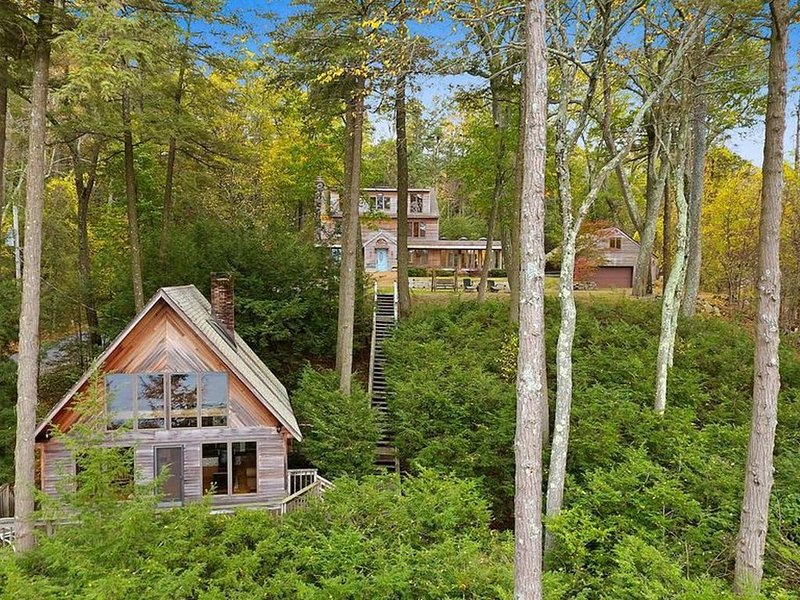 Secluded Lakefront Cottage near Hudson Valley, location de vacances à North Salem