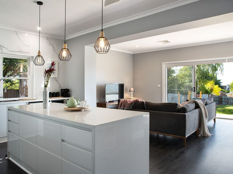 Maple Hill, 3 bedroom, 2 bathrooms in Daylesford, alquiler de vacaciones en Eganstown