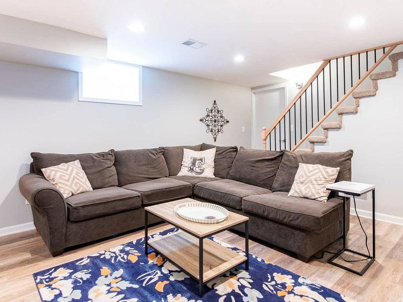 Expo Center • Downtown • Great Neighborhood • Close to Everything, vacation rental in Louisville