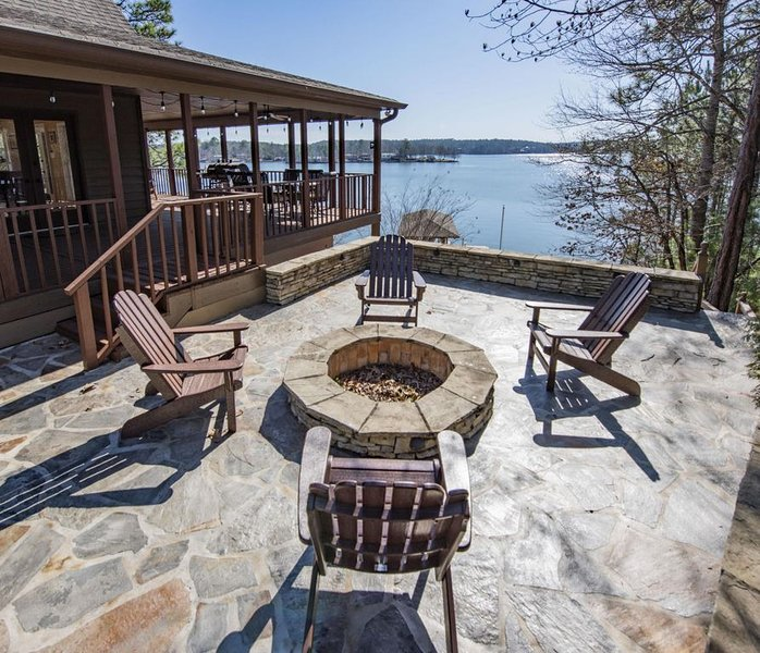 Your Lake Martin Home for the Week!, holiday rental in Dadeville