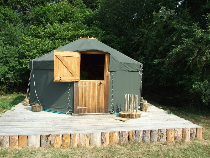 'Oak' Yurt in West Sussex countryside, holiday rental in Haslemere