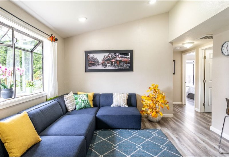 2 Bed, 1 Bath, Kitchen private space, Furnished Stanford, Palo Alto, Menlo Park, holiday rental in Union City