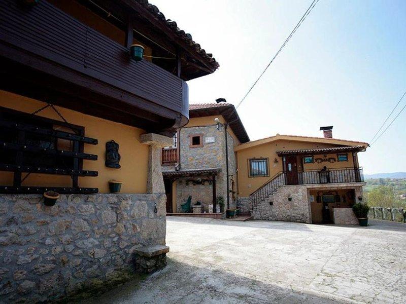 Apartamento - 2 Dormitorios - 108301, vacation rental in Campiellos