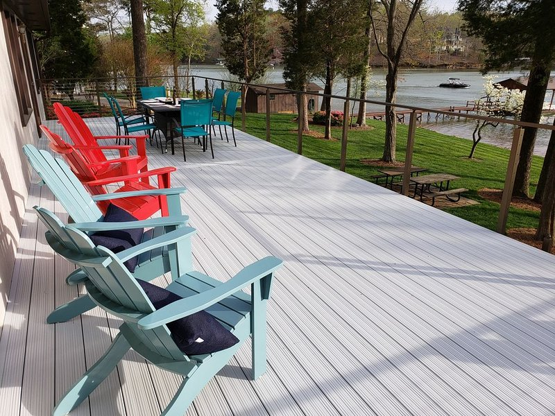 The Perfect Lake Norman Cottage, Ferienwohnung in Mooresville