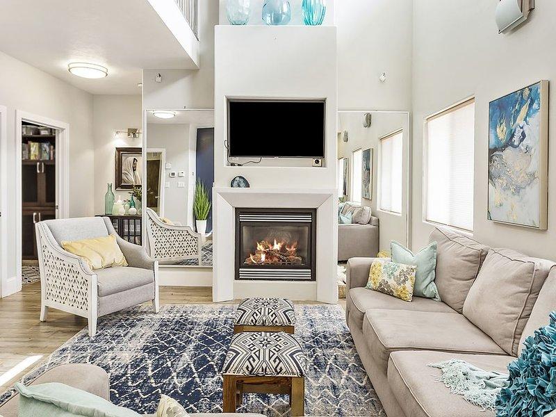 Luxury Home w/5 Bath, Indoor BBall Court, Comfortably 30+ Idaho Falls, holiday rental in Ririe